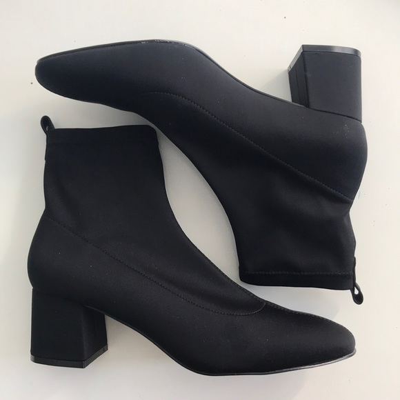 e853868acb9 TOPSHOP BUTTERCUP BOOTIES ANKLEBOOTS NWT